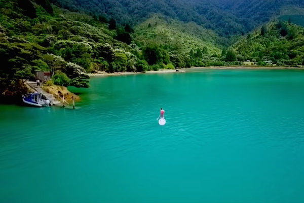 Kayaking in Kenepuru Sound NZ at Hopewell